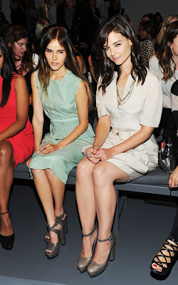 Katie Holmes With Isabel Lucas,American actress