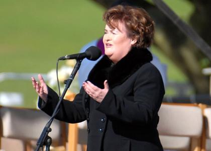 Susan Boyle performing at Bellahouston Park prior to the arrival of Pope Benedict XVI