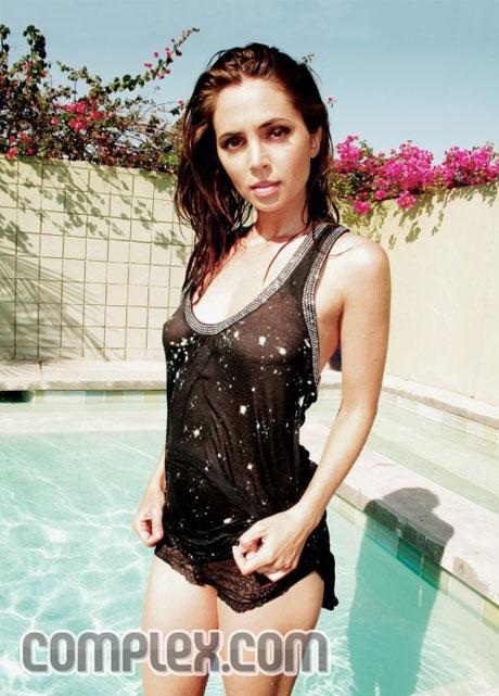 Short Celebrity Hair Eliza Dushku Hot Pics