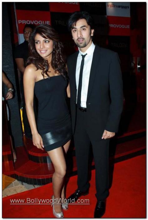 Priyanka Chopra and Ranbir Kapoor visit @ Provogue Fashion Show