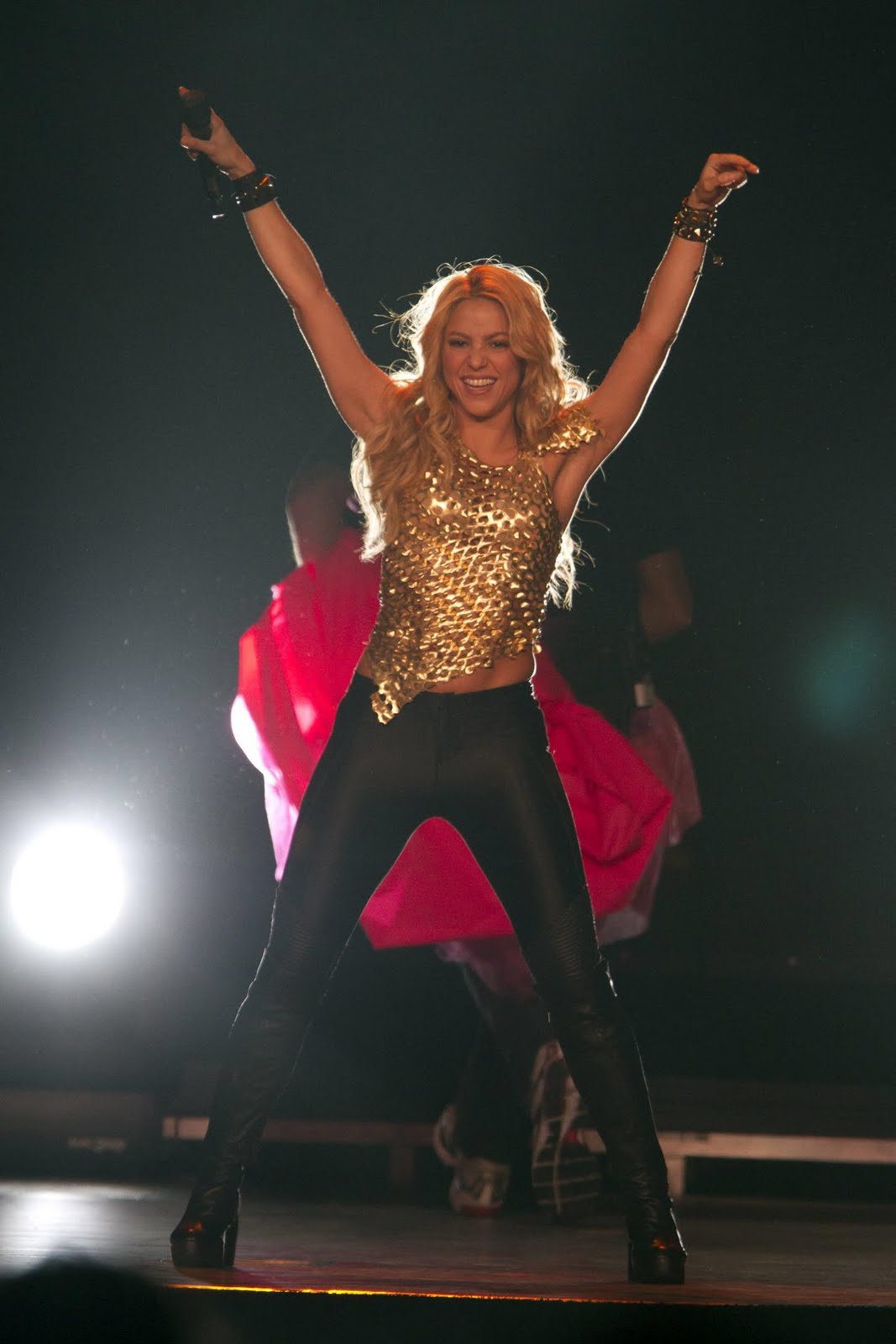Alexis Shancez Blog Shakira Live Performance At Madison Square Garden Pictures