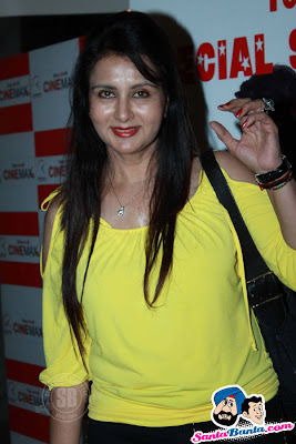 Bollywood celebrities at Anjana Anjani special screening pictures