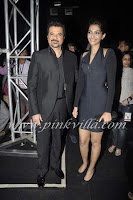 Sonam Kapoor visit at HDIL Fashion Show in Hot Black dress