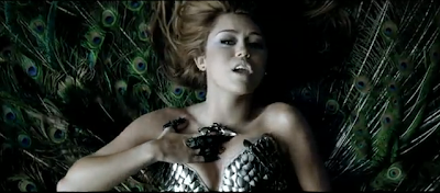 Can't Be Tamed Photo 5
