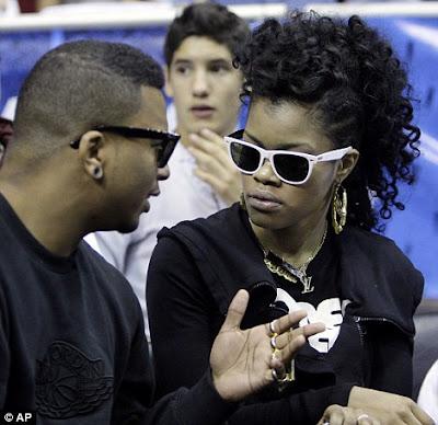 Rihanna Alike 2