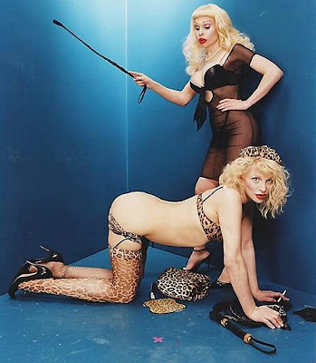 Courtney Love Provocatives Photos on Facebook