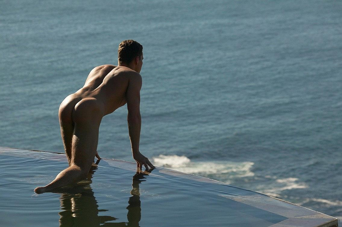 [Male+Nude_1_at+waters+edge.jpg]