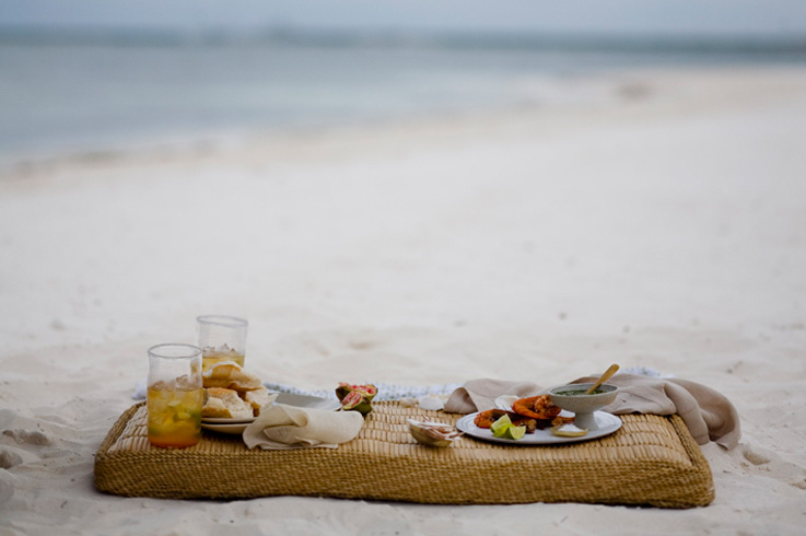 [The+Villa_Beach+Breakfast.jpg]