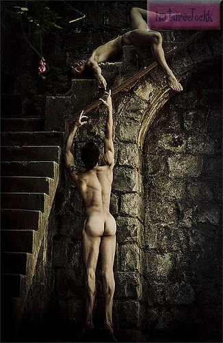 [Male+Nude+Artform_2.jpg]
