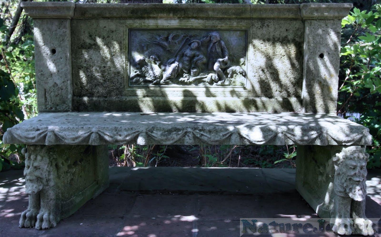 http://3.bp.blogspot.com/_6ANko4sjweM/SxPsM4MWTJI/AAAAAAAAXLI/-22yiU8DxrI/s1600/Statues_4_bench.jpg