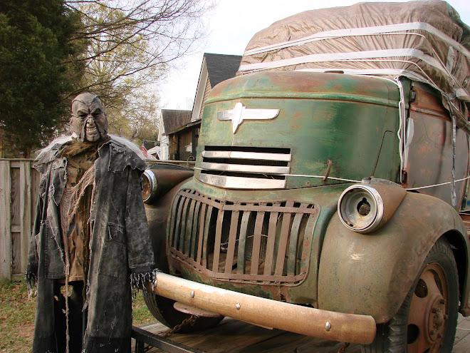 Creeper & Truck