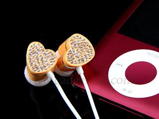 Bling Bling Heart Earphone Very Cute as a Gift