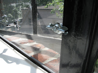 the plexiglas insert is compressed by the window itself on the left of the picture below youu0027ll see the left of the window pressing against the plexi and