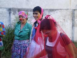 Violeta, Nay y Bivchy