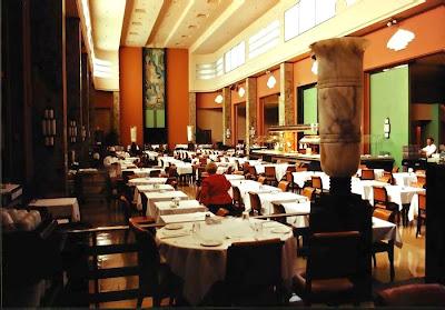 Le paquebot for Restaurant salle a manger montreal