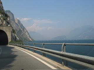 140 kilometer naast het water