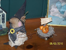 Lil' Witch Mouse with Pumpkins