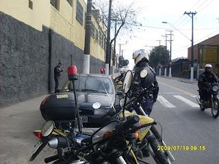 Central de Monitoramento e ROMO de Santo André recuperam veiculo roubado.