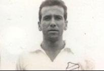 Dalmo, o autor do penalti mais importante da história do Peixe.
