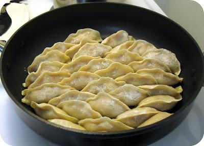 Gyoza, Japanese dumplings, howto
