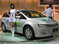 image of first mass produced electric car- e6 by BYD