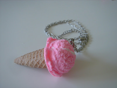 icecreamconenecklace - Tak�,Giysi ve Ayakkab�lar ! �ok Tatl�lar !