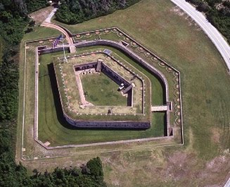 FORT MACON