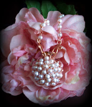 Queen Mum Freshwater Pearl Locket