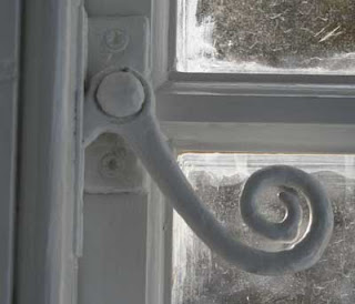 Photo of window catch