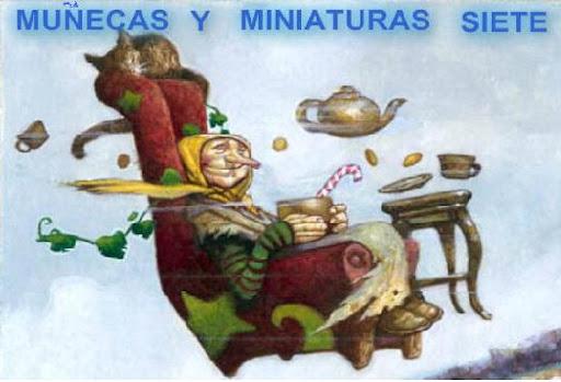 MUÑECAS Y MINIATURAS SIETE