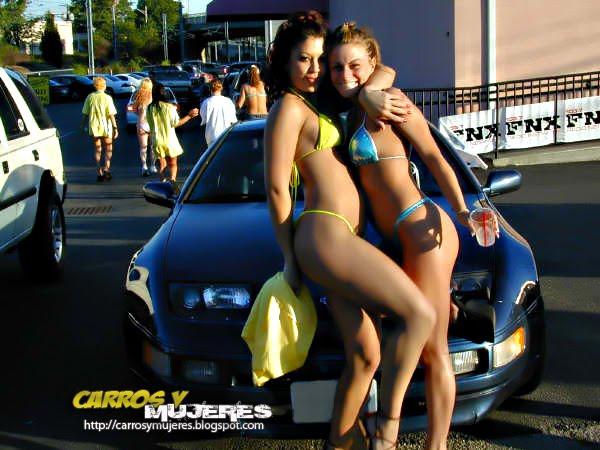 las mejores fotos y videos de mujeres con auto y motos
