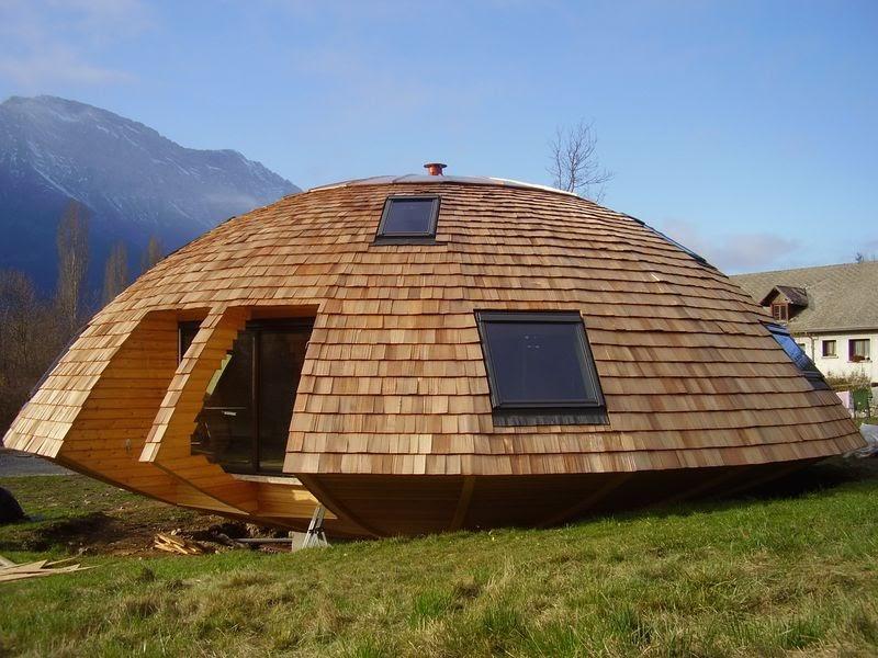 Le chalet tournesol maison ronde qui tourne pres de gap for Maison bois ronde tournante