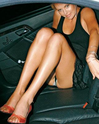 Britney Spears no tiene verguenza y aunque se vista con esos
