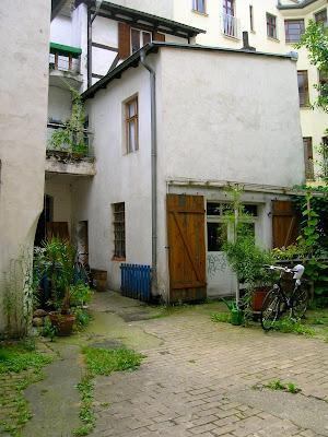 Berliner Hinterhöfe: Juli 2009