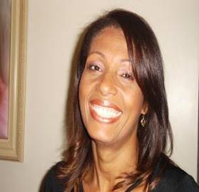 Profa. Esp. Rosane Aleluia Santos de Sousa