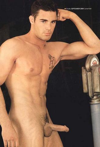 Chuck agradable desnudo desnudo