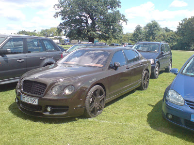 Bentley Spotting Flying Brown Spur By Mansory