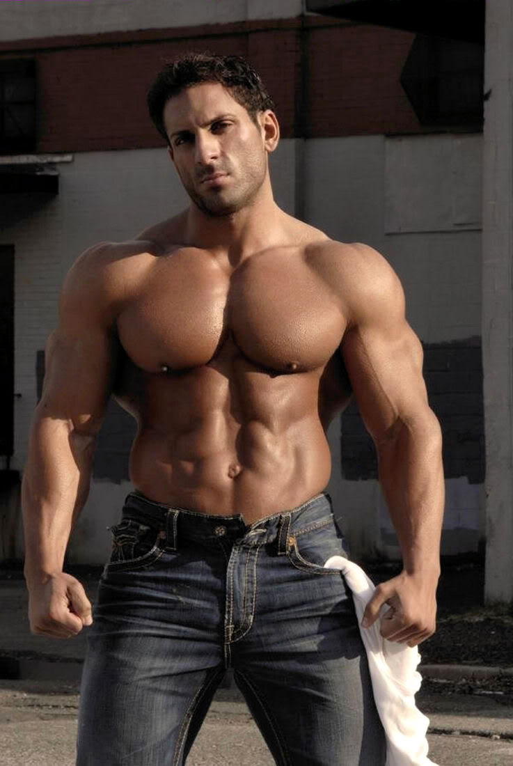 Muscle God in Training: October 2010