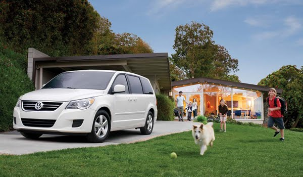 Ultimate autos: Volkswagen Routan 2010