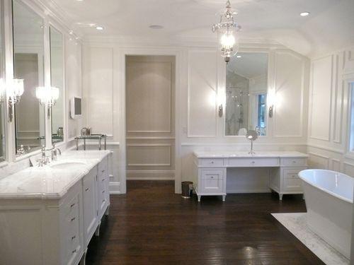 [velvet+linen+brook+giannetti+white+bathroom+wood+floor.jpg]