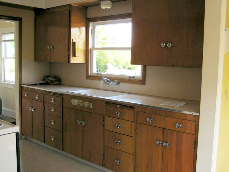Old Kitchen Cabinets Makeover Kitchen Before It 39 S Tom Newman