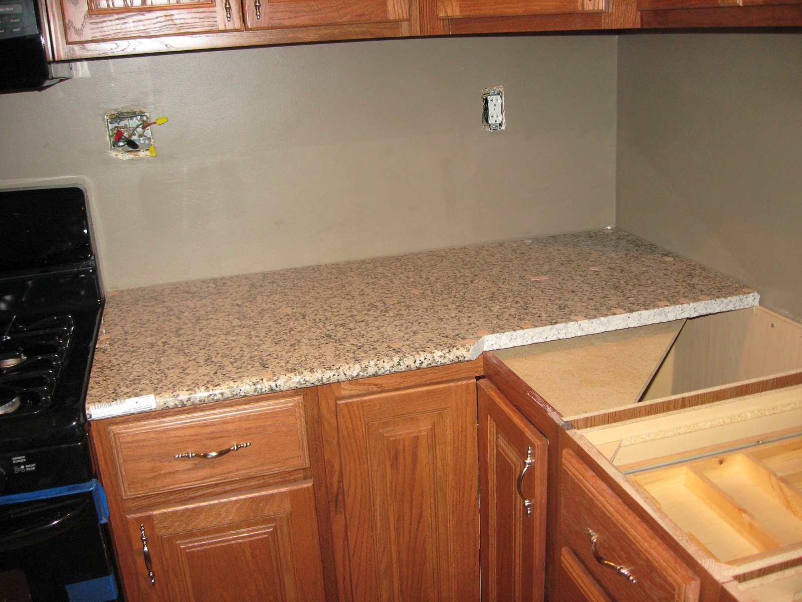 Countertop Installers Near Me : The main countertop area came in two pieces - one short one (above ...