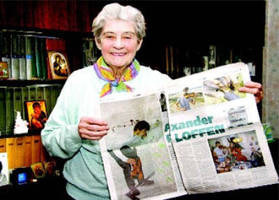 На фото: Бабушка победителя Евровидения, - Мария Борисовна Савицкая