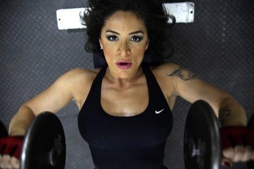 BuJ Al Arab: Farah Malhass - Arab Female Bodybuilder