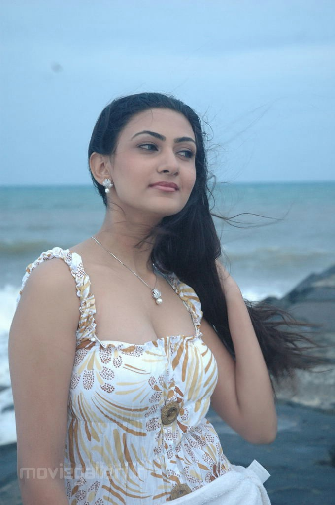 , Tamil Actress Neelam Hot Stills