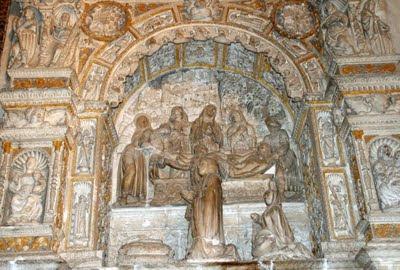 Sepulcro de Doña María Portocarrero, Esposa de Juan Pacheco, Marqués de Villena, en el Parral (Segovia)