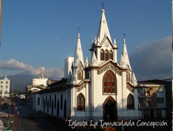 iglesia del barrio CENTRO en manizales