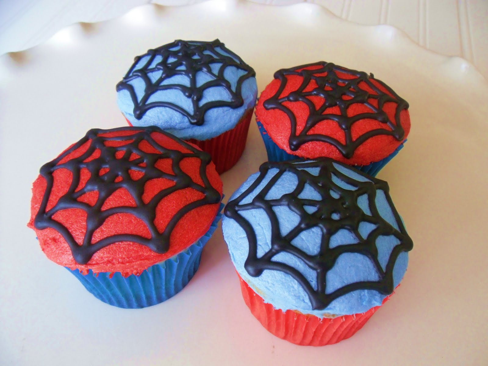 Spiderman Cupcake Images : The sugar barn: August 2010