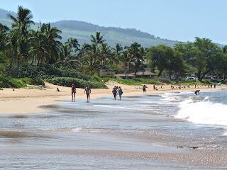 Kamaole I Beach with life guards on Kihei condo vacation