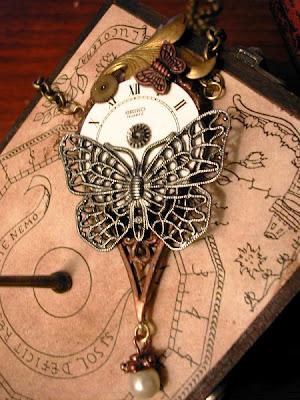 Steampunk (Stile) Steamp.+collier+farfalla